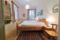 Villenetage Schlafzimmer Doppelbett